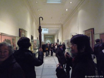 ICA visit to V&A Imperial Chinese Robes exhibition 03 110226