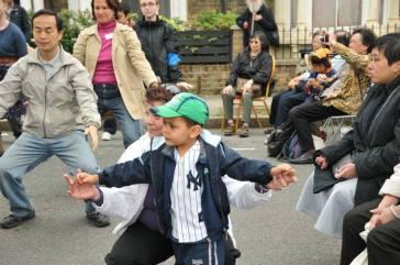 Queen's Diamond Jubilee street carnival 01 120605